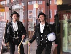 Tradition: Zimmerer auf der Walz. Foto: ZukunftBeruf