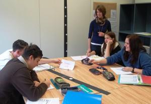 Die Sonderberufsfachschule fördert Jugendliche individuell und lebensweltbezogen, um sie auf Ausbildung und Beruf vorzubereiten.
