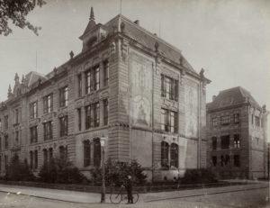 Ehemalige Baugewerkeschule in der Moltkestraße um 1900. Foto: Stadtarchiv Karlsruhe; 8/PBS XIVD 139.