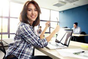 Online-Marketing und E-Commerce bieten aussichtsreiche Perspektiven für (Nachwuchs-)Fachkräfte.