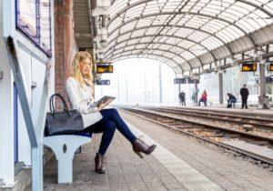 Die Nutzer und Nutzerinnen des Portals Fernstudium-Check.de haben entschieden: WINGS ist bester Anbieter. Foto: Shutterstock.
